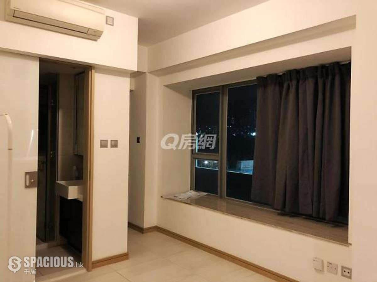 Property for Rent in Kowloon CitySpacious