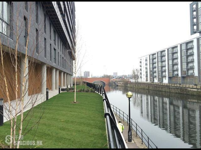 Greater Manchester - The Riverside 02