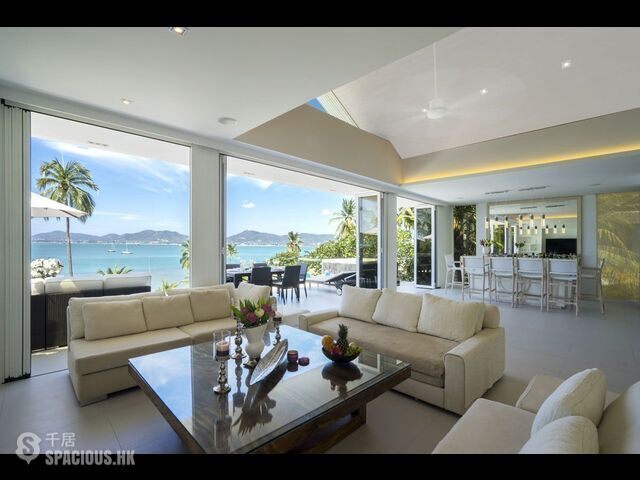 Phuket - Beach front villa 4 Bedrooms 04