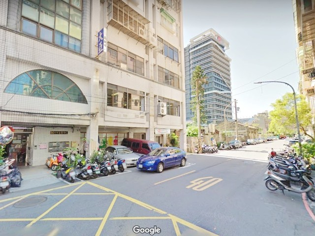 XX Lane 443, Section 2, Zhongshan Road, Banqiao, Taipei, Banqiao