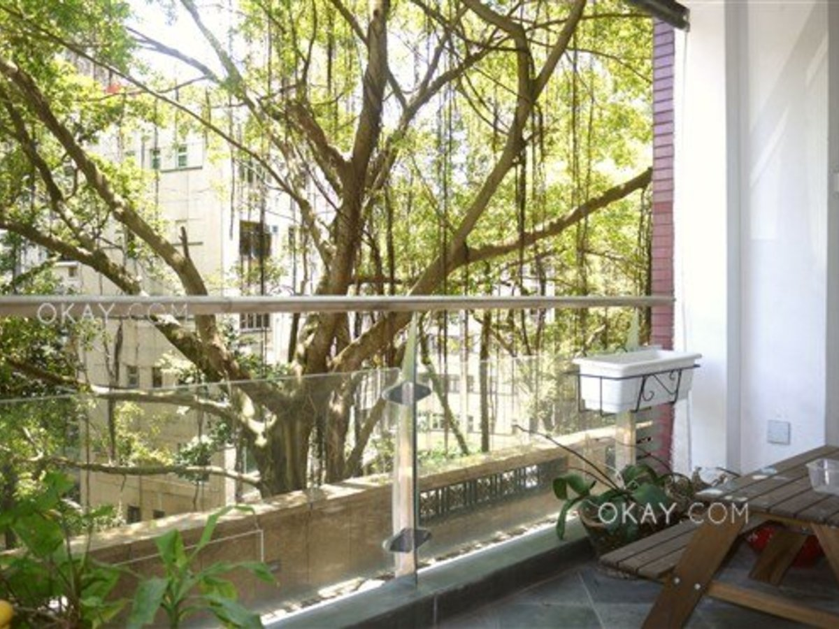 3 Beds, HK$32 00M, For Sale, 45 Conduit Road, Mid Levels West, Hong Kong  (Medallion Heights)